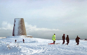 picture of sledges on cleadon hills